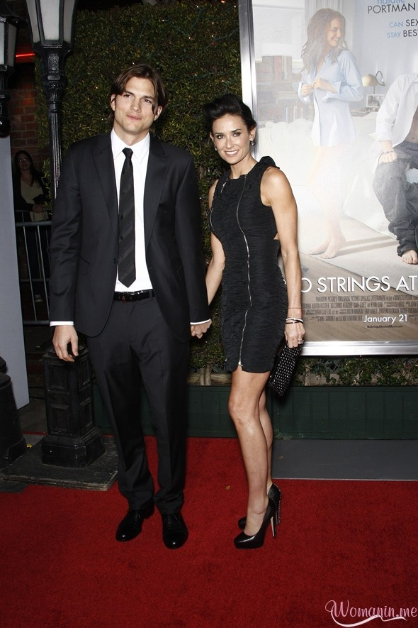 Ashton Kutcher and Demi Moore at the premiere of No Strings Attached at the Regency Village Theater in Los Angeles, California on January 11, 2011