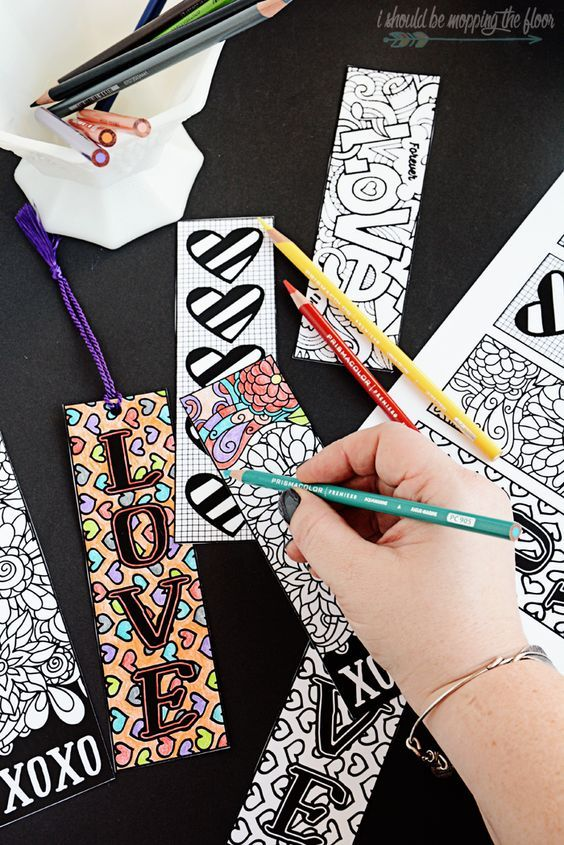 Coloring for grown ups...it's my FAVE! Making some fun DIY bookmarks and relieving stress at the same time! Find @pinprismacolor pencils and markers at @michaelsstores! #relaxandcolor #ColoringwithMichaels #PMedia #ad