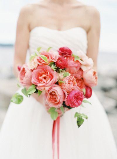 Pink bouquet: http://www.stylemepretty.com/gallery/category/flowers/picture/2083034/ | Photography: O'Malley Photographers - http://www.omalleyphotographers.com/