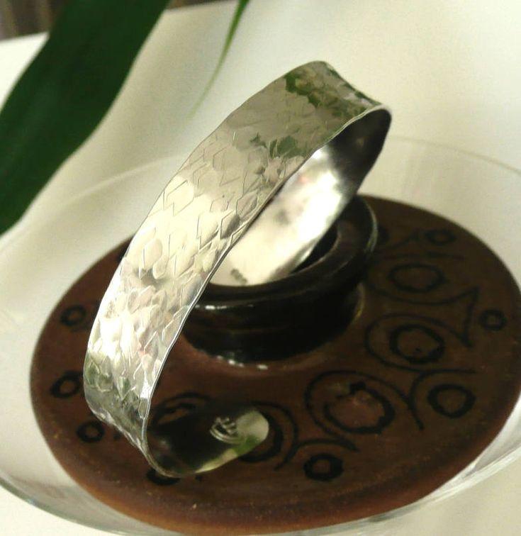 Hammered Sterling Silver Offset Bracelet #ModernMe…Edit description