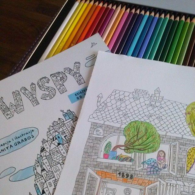 Jak spędzacie piątkowe popołudnie? Ja koloruję kartkę z nowego nabytku :) #wyspy #kolorowanki #kolorowankidladorosłych #coloringbook #coloringbooksforadults #kochamkolorować #niemogęsięoderwać