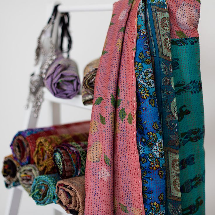 Kantha Silk Scarf 101 | The Hues of India