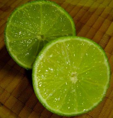 Serendipitylands: DECORACION VERDE LIMA - GREEN LIMA DECOR