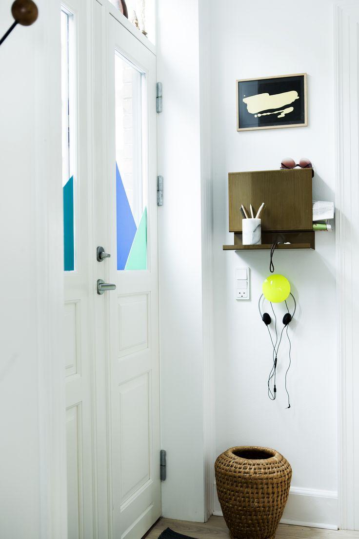Hallway at Mette Helena, Retrovilla. Big:Ledge shelf