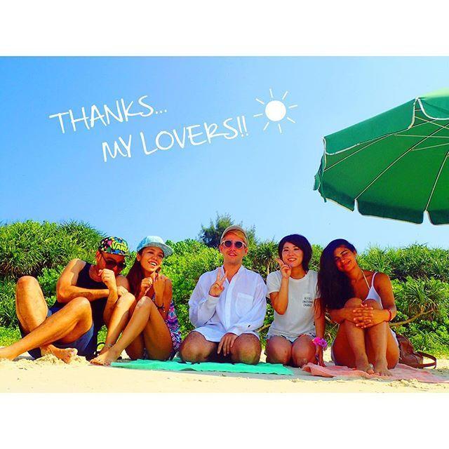 【miki_cha28】さんのInstagramをピンしています。 《渡嘉敷島で異文化合流会◡̈ オーストラリア、フランス、バーレーン、日本のmixpic◟́◞̀ カタコトの英語でも繋がれる不思議♥︎ 素敵な出会いに感謝♥︎ 𓇼𓆉𓇼𓆉𓇼𓆉𓇼  #青が好き #青空 #雲 #海 #渡嘉敷島 #沖縄 #離島 #自然 #夏 #夏休み #世界 #友達 #blue #sky #sea #ocean #thunderhead #summer #trip #okinawa #Isolatedisland #japan#nature #lovers_nippon #lovers #tokashiki #friendship #lover》