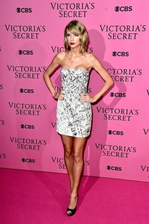 Taylor Swift Made an Amazing Victoria's Secret Model