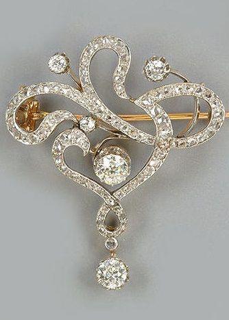 A late 19th century diamond pendant/brooch, circa 1890.