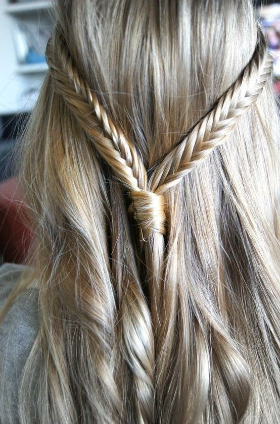 This would be gorgeous if I didnt have curly hairHairstyles, Half Up, Long Hair, Beautiful, Longhair, Hair Style, Fishtail Braids, Braids Hair, Fish Tail Braids