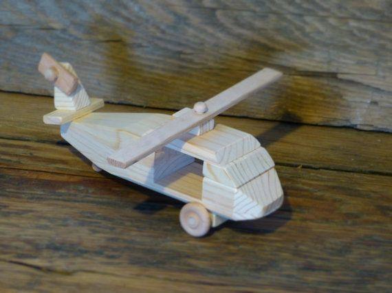 Jouets jeux en bois faits à la main hélicoptère par OutOnALimbADK