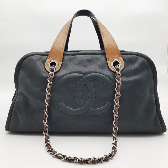 2000 Wire Preloved Chanel Bowling Tote Black Grey Distressed Calf Suede Calf Silver Hardware Serial Code Starting With 149 Measuring 39cm Calves Tote Chanel