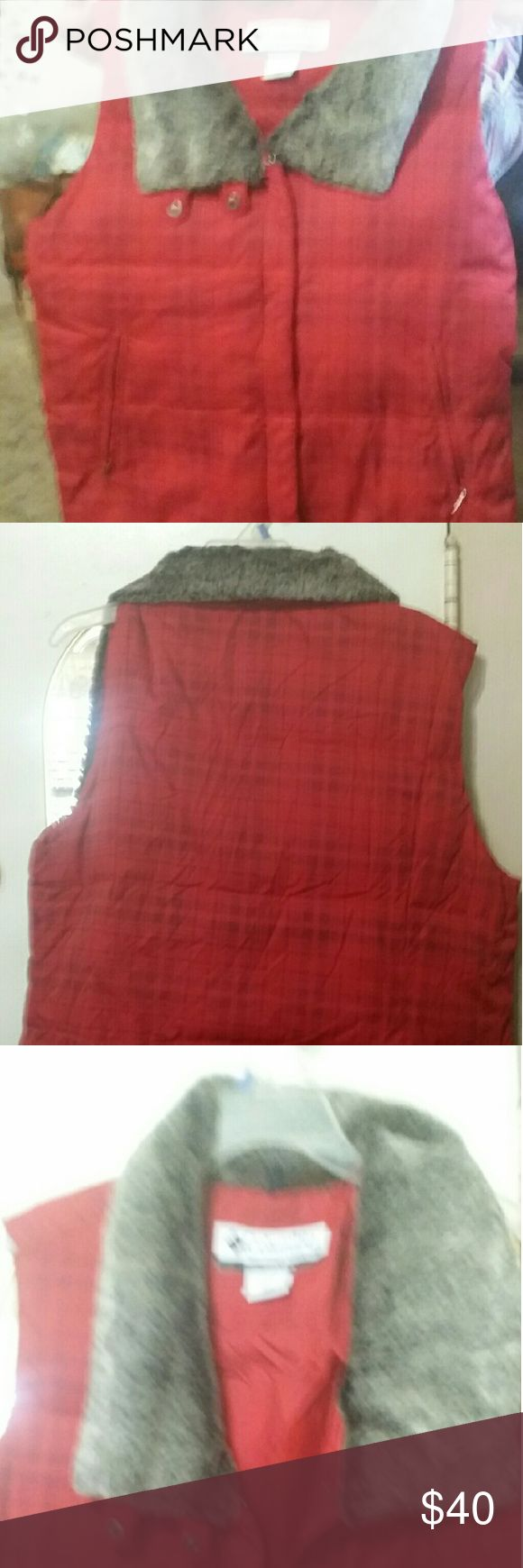 COLUMBIA DOWN  VEST (new) Red, xl, down vest, columbia sportswear company Columbia Jackets & Coats Utility Jackets