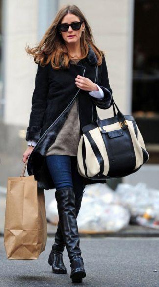 Olivia Palermo, it-girl en bekend van serie 'The City' draagt platte over the knee boots met een mooie donkere skinny jeans. #overthekneeboots