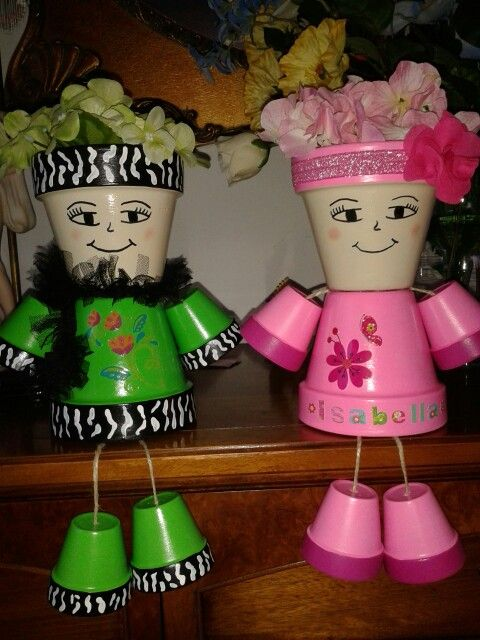 Terra Cotta pot people.. made by my mom.. awesome! So cute..
