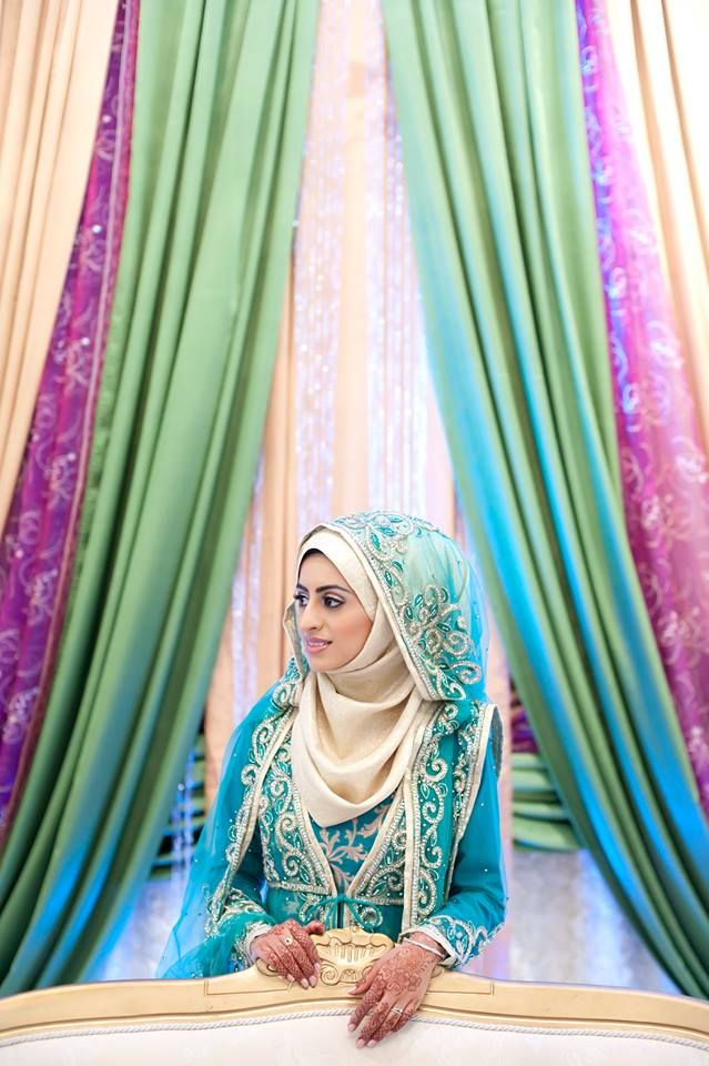 LOVE the way she did her hijab // hijabi bride