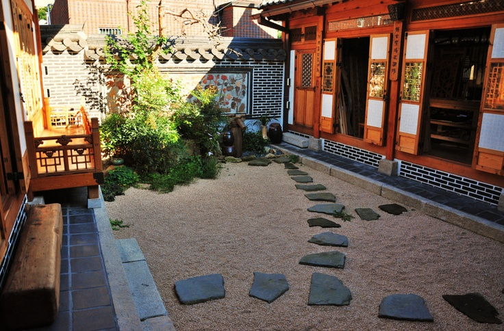 HanOk = Korean Traditional House
