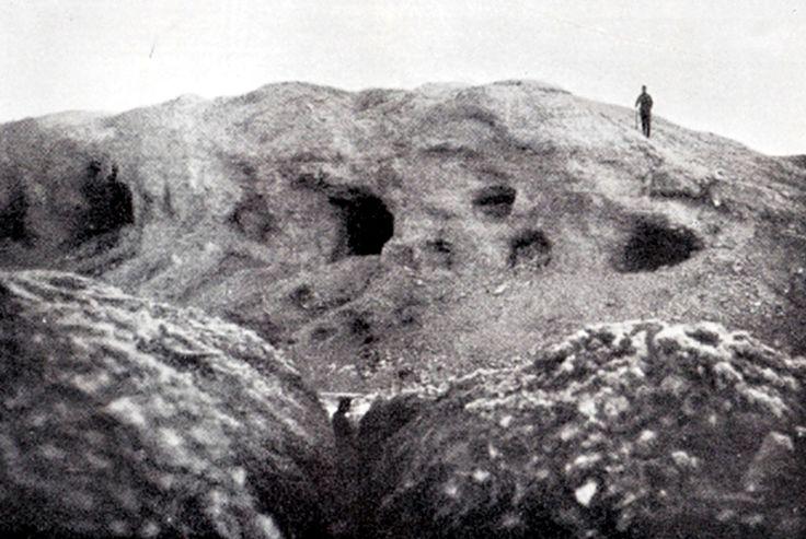 WWI, 1916: The top of Fort De Vaux, Verdun, totally devastated. Private collection. -Verdun 2016 | Le parcours d'une unite allemande