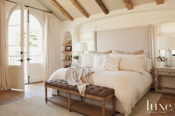 Beautiful serene bedroom