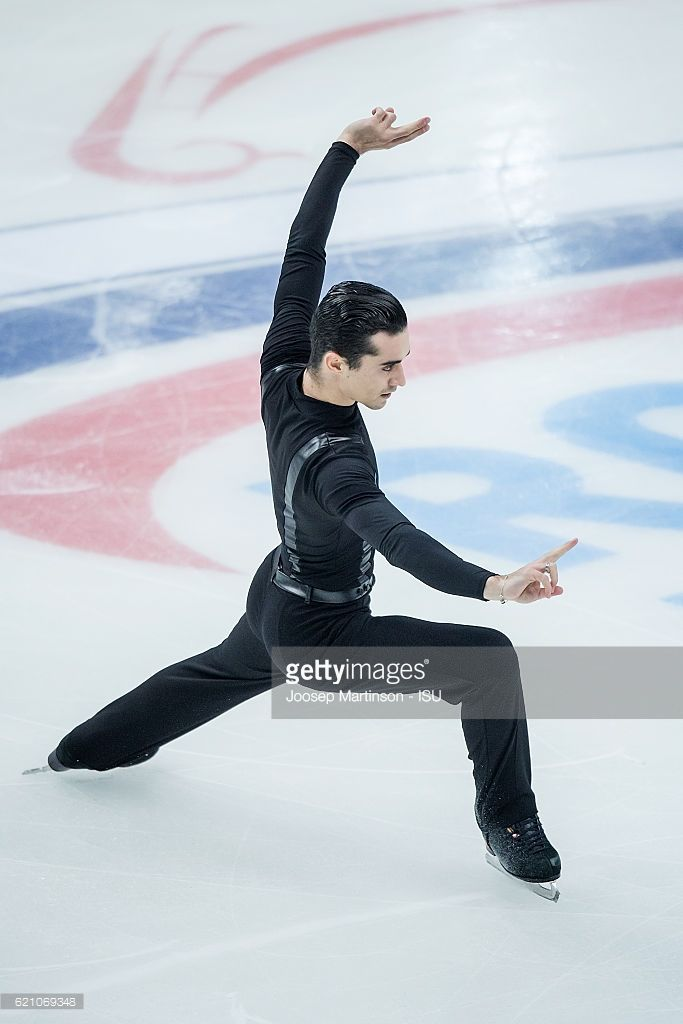 News Photo : Javier Fernandez of Spain competes during Men's...