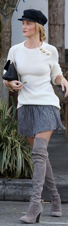 Rosie Huntington-Whiteley: Purse – Chanel  Bracelet – Hermes  Sweater – Balmain  Necklace – Jennifer Fisher