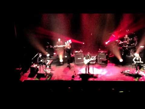 Steve Hackett- Live at the Warfield- San Francisco 12-07-14 - YouTube