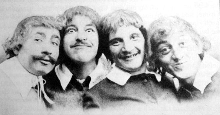 Die Bösen Buben, ovvero: Carl Meinhard, Leo Wulff, Rudolf Bernauer e Paul Schweiger. #cabaret #Kabarett #Berlin #mustache #bw #vintage