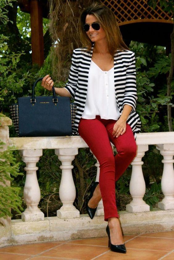 ¿Cómo combinar un blazer de rayas blanco y negro? - Divina EjecutivaDivina Ejecutiva