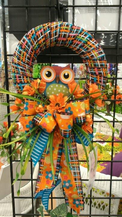 Debbies owl wreath...cool