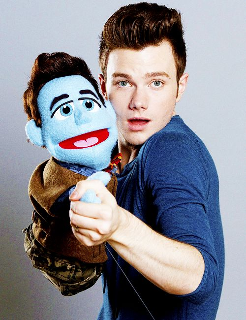 THIS IS NOT A DRILL: CHRIS COLFER IS DOING THE TANGO WITH MUPPET CHRIS COLFER
