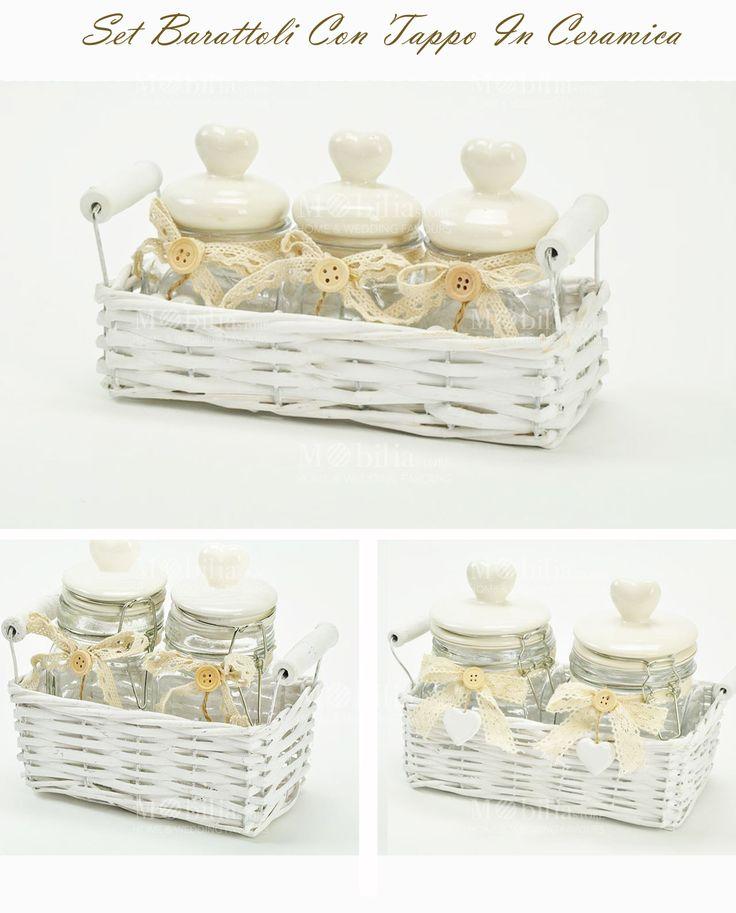 In promozione. Set Barattoli Ermetici Con Cuore Ceramica, disponibili in 3 diverse misure, completo di bottone, fiocco, grazioso pendente a cuore e cestino.