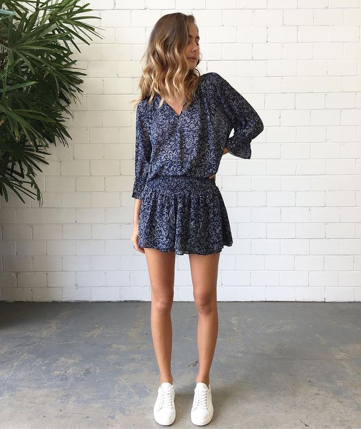 "629 curtidas, 2 comentários - Splice Boutique Australia (@spliceboutique) no Instagram: ""Love 🙌🏼 Our Bash Paris Iris Dress $395 & Department Of Finery Dixie Sneakers 