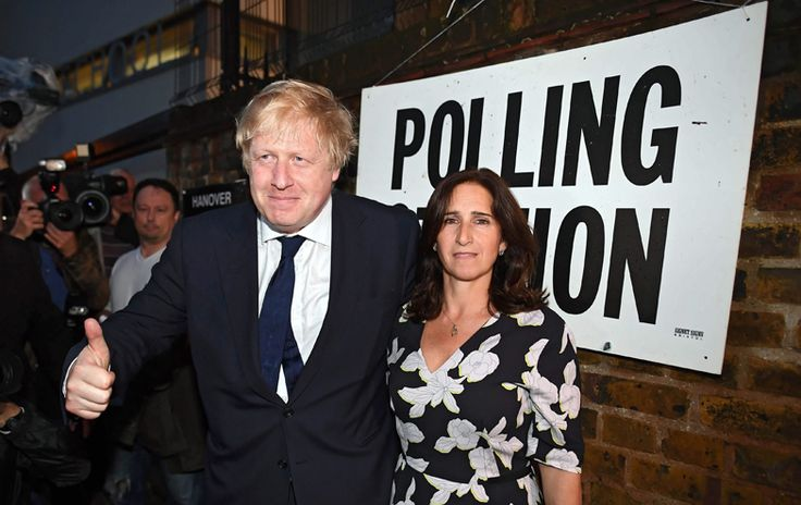 Brexit - Boris Johnson and his wife Maria Wheeler outside a polling station