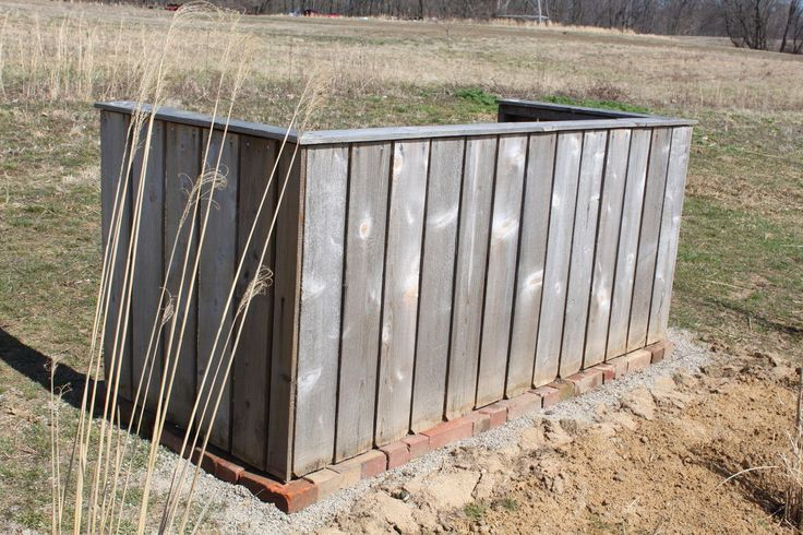 Use Pallets To Build Your Own Double Compost Bin for under $15!