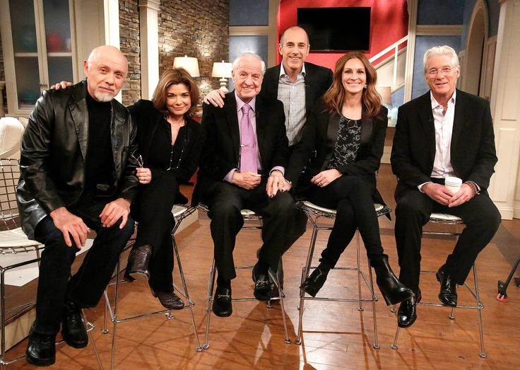The Pretty Woman cast reunited on the Today show on Tuesday, March 24, and Richard Gere discussed the Post-it note from Julia Roberts that sealed the deal -- watch the cute stories!