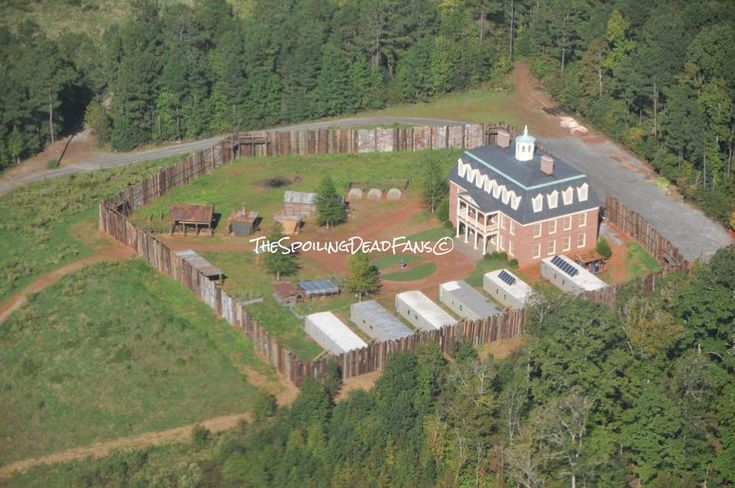 """Hilltop Community 