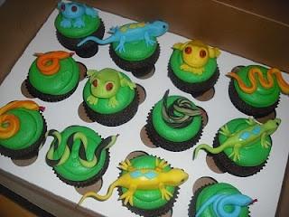Sprinklebelle: Snake Cake & Snake, Lizard and Frog Cupcakes