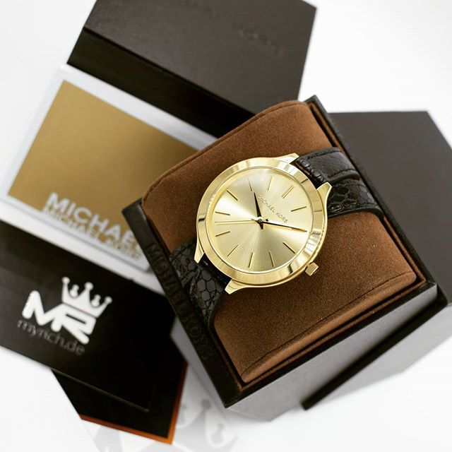 Michael Kors MK2315 | @MyRich.de #MichaelKors #michaelkorswatch #mk #logo #original #official #watch #style #uhr #trend #mk2315 #jetset #new #lifestyle #brand #luxus #2017 #juwelry #luxury #lady #fashion #bracelet #beauty #womensfashion  #gold #goldwatch #leather #black #accessories #crystal