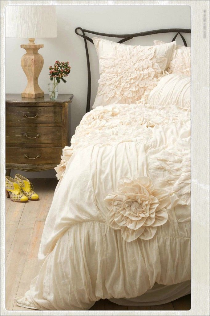 anthropologie bedding 4 #Anthropologie #Pintowin. with your old four-poster bed. dreamy... Frm bd: Kiss and Tink