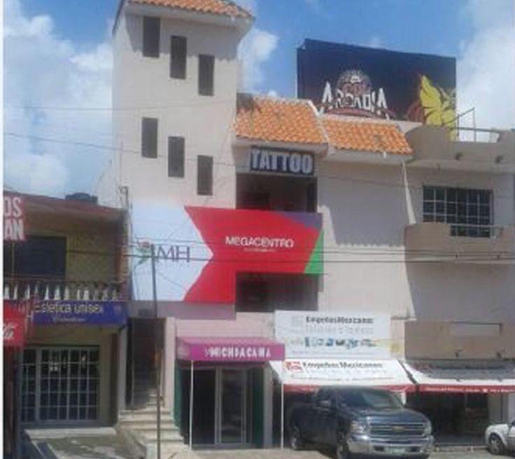 Ejercito Mexicano: Oficinas, frente a Plaza Américas. En 2do. nivel 80 m2. Renta $7,500. Informes (229)1304318