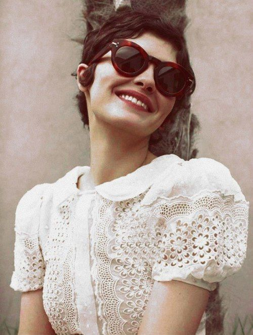 Lace, sunnies and cute cropped hair.
