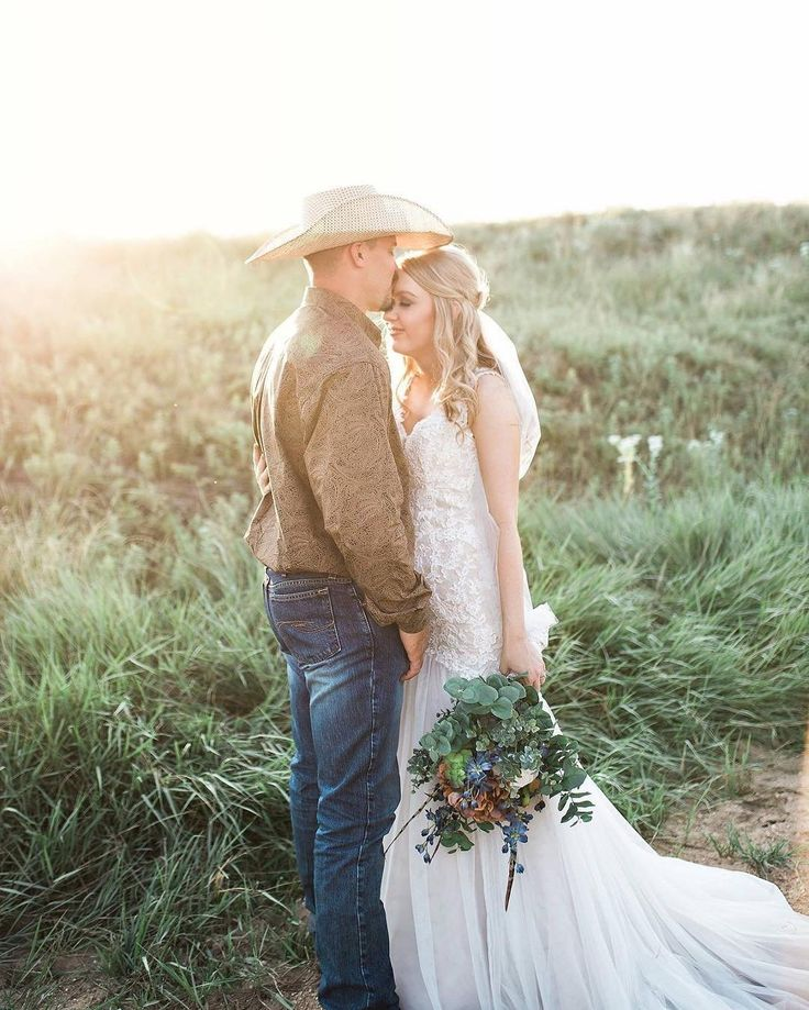 This country wedding inspiration. David's Bridal bride wears Galina Signature venice lace trumpet wedding dress (Style SWG723) | Rustic H Photography