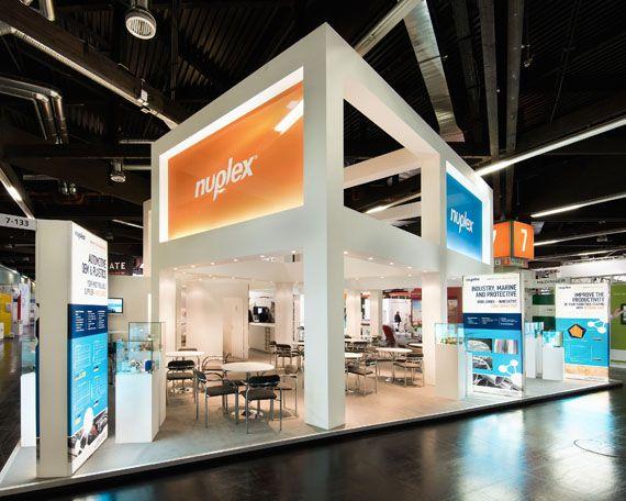 Modern Exhibition Stand Goals : A través de casa reinal gt nuplex