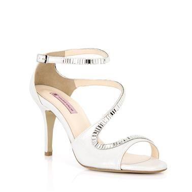 Νυφικά πέδιλα και peep toe Tsakiris Mallas #wedding #shoes #gamos