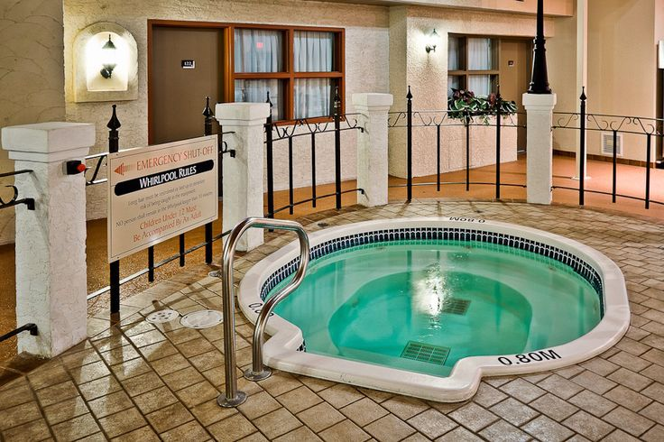 Stop by and visit the newly renovated Quality Inn #Winkler, and enjoy the Mediterranean poolside setting! Call (204) 325-4381 to book now! #hotels #travel #tourism #manitoba #canada