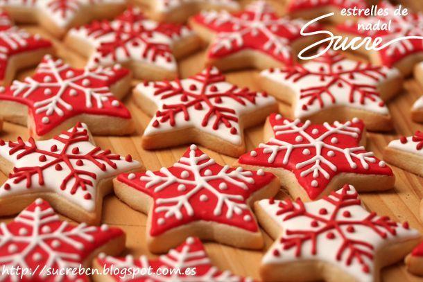 Galletas decoradas de estrellas de navidad o copos de nieve ...