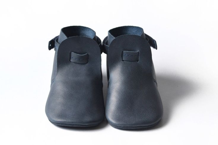 Baby boy leather booties , Baby shoes, Soft sole baby shoes, Navy baby shoes, Crib shoes, Newborn gift, Baby boy gift, Toddler leather shoes by MiniMos on Etsy https://www.etsy.com/listing/501819939/baby-boy-leather-booties-baby-shoes-soft