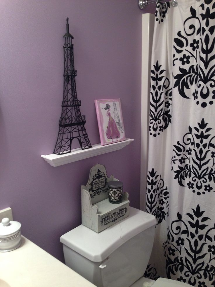 Paris Themed Bathroom