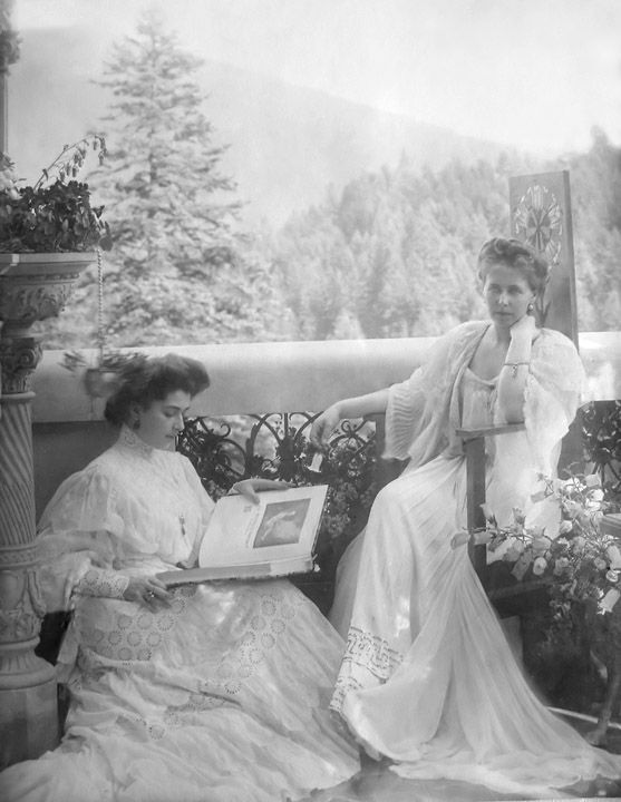 Queen Marie of Romania Gallery / Nadejde Stirbey & Princess Marie 1903