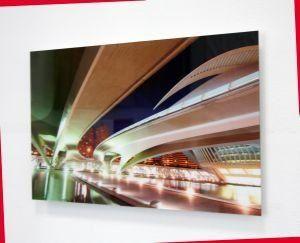 """""""Calatrava"""" di Marco Beck Peccoz Dimensioni 33 x50 Stampa su carta fotografica high-quality - Montaggio su dibond 3 mm - Applicazione frontale lastra di perspex 3 mm, bordi lucidati, sul retro profili in alluminio per sospensione"""