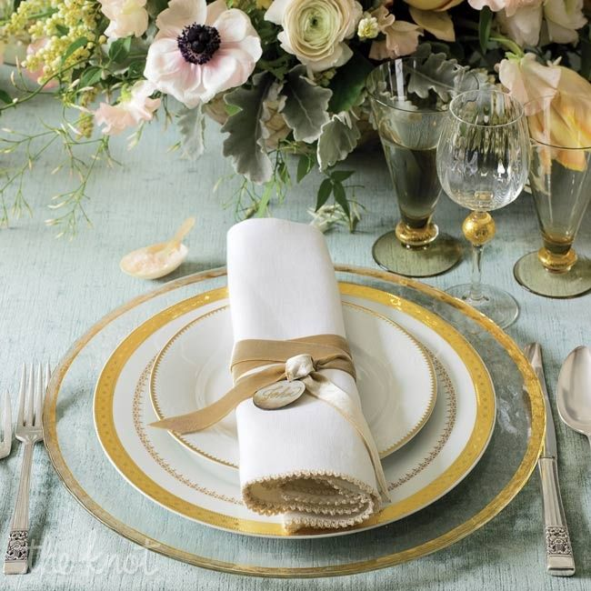 57 best Table Setting images on Pinterest   Blankets, Table ...