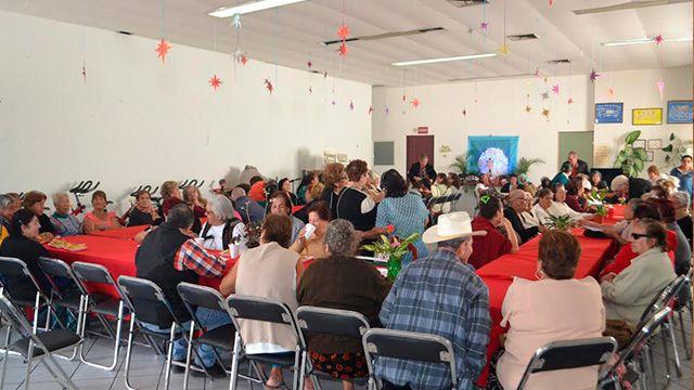 """Adultos Mayores del Sistema DIF local realizan  el """"Levantamiento del Niño Dios"""""""